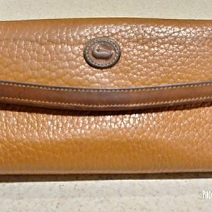 Vontage Dooney & Bourke wallet